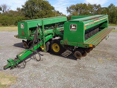 John Deere 455 Grain Drill 35 Double Disk Has Press